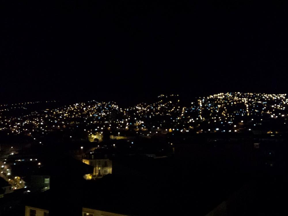 Amo essa foto de Valpo à noite rs