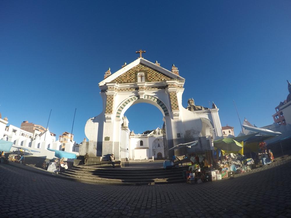 A Igreja de Copacabana, bem bonita e diferente