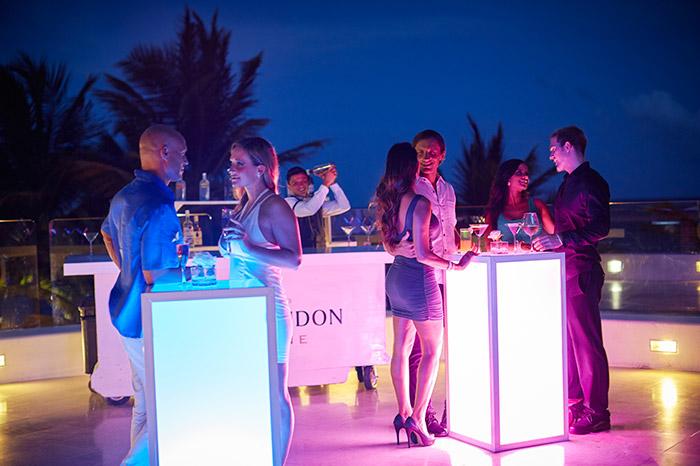 desire-pearl-jade-martini-bar
